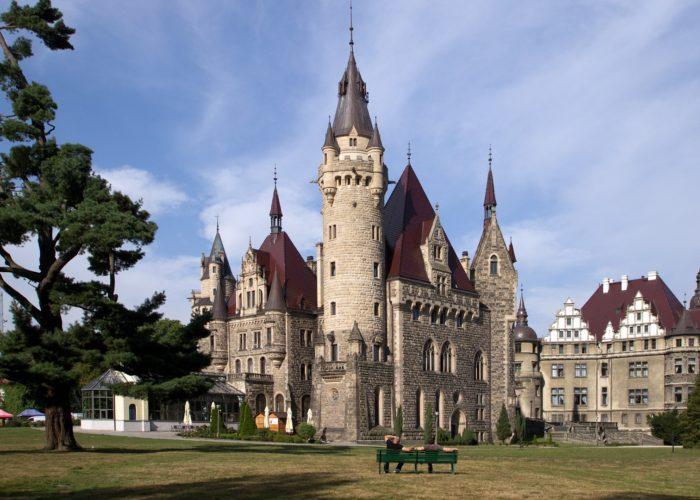 Schloss Moschen - Pałac w Mosznej